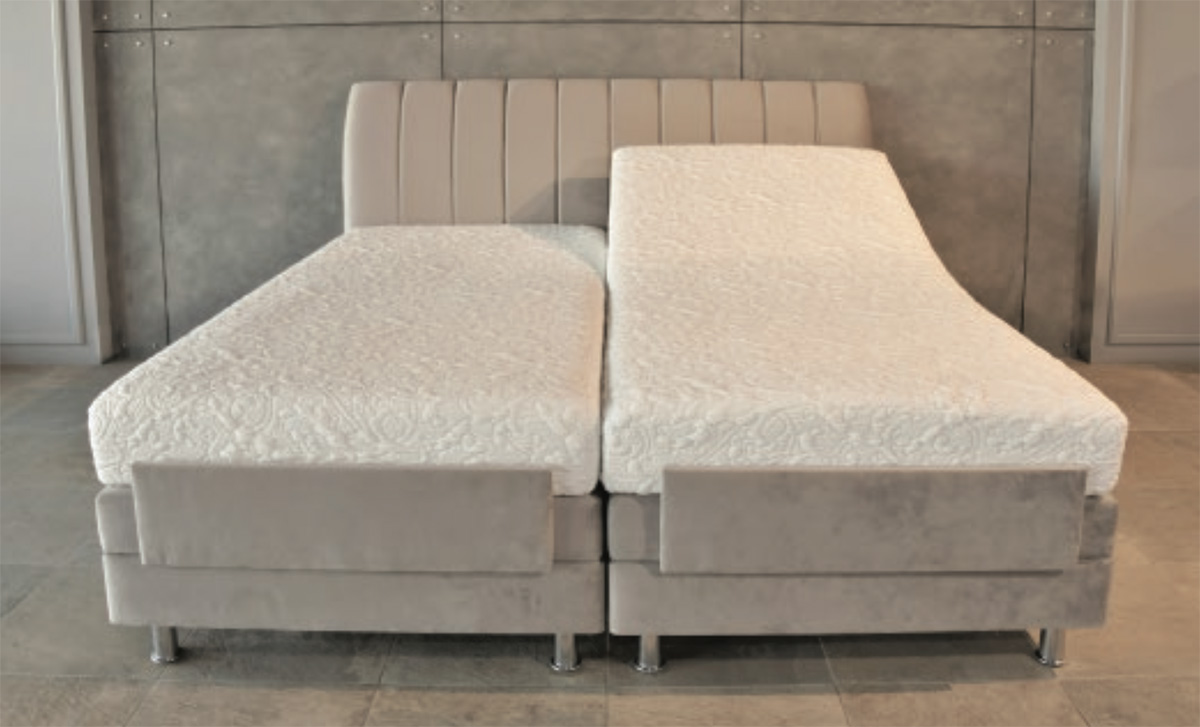 Adjustable memory foam bed mattress in Bahrain